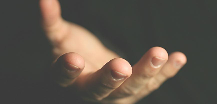 Kövesd a láthatatlan kezet kísérlet